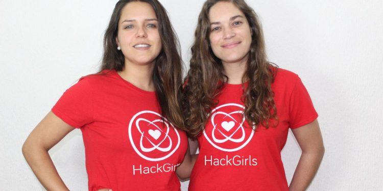 Camila Sánchez y Magdalena Claro_fundadoras HACKGIRLS