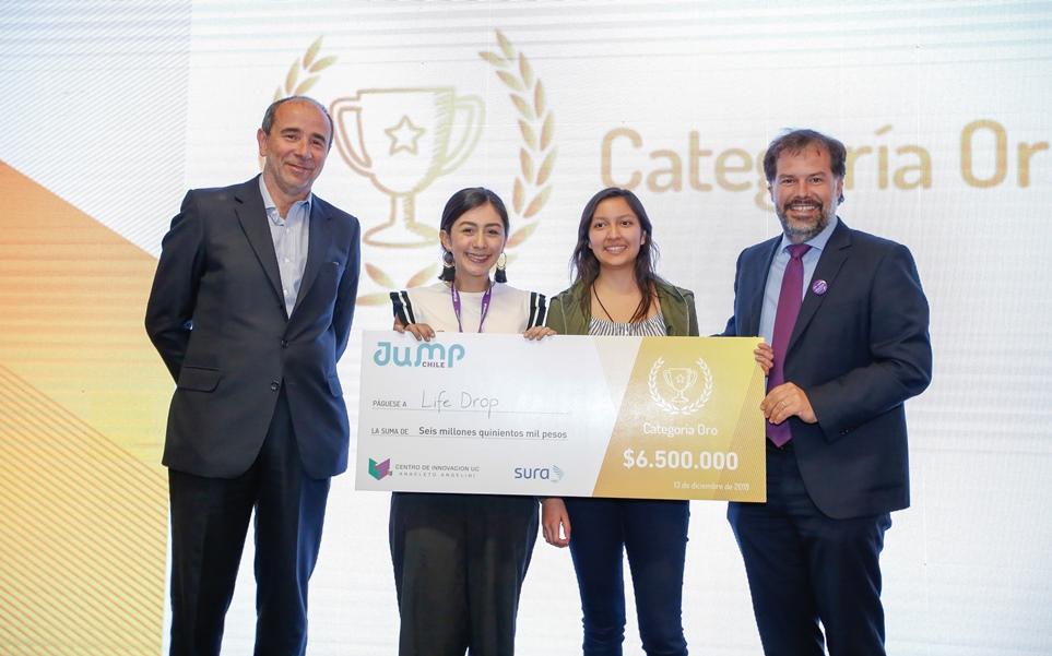 Las emprendedoras mexicanas reciben su merecido premio.
